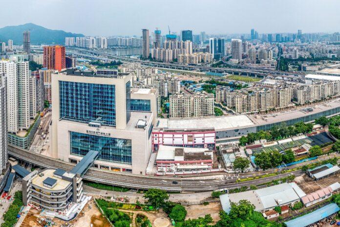 Macau Qingmao, border