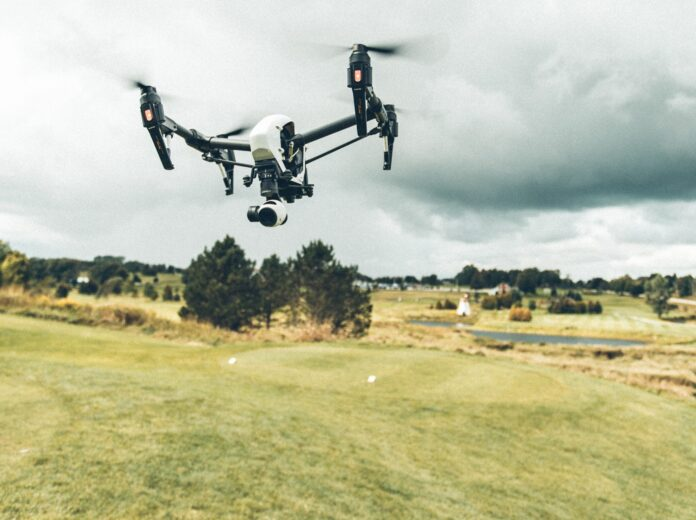 Drone, horse racing